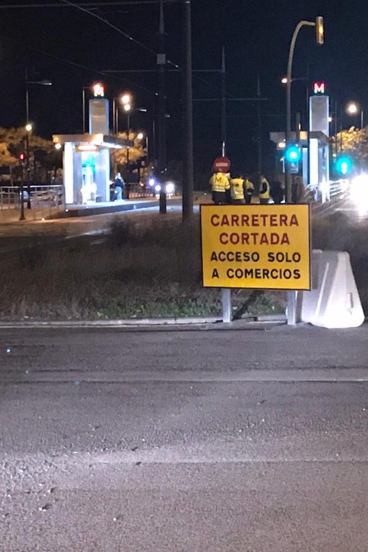 Corte de tráfico parcial en Camino de Albolote con afección al Metropolitano
