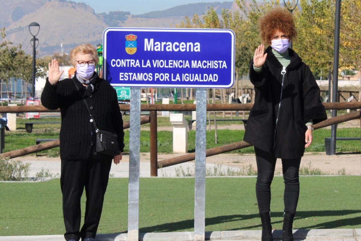 MARACENA INSTALA 23 SEÑALES CON LEMAS A FAVOR DE LA IGUALDAD POR EL 25-N